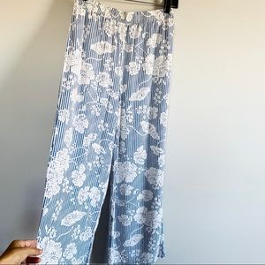 Mustard seed striped white floral wide leg pants